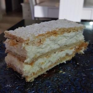 קרמשניט נפולאון או אלף העלים בכל שם זו עוגת המלכים